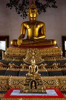 Buddhastatuen in Bangkok
