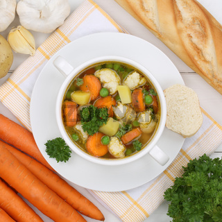 Gemüsesuppe Gemüse Suppe in Suppentasse von oben gesunde Ernährung