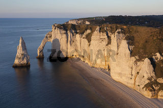 Aval cliff, Etretat, Cote d'Albatre, Pays de Caux, Seine-Maritime department, Upper Normandy region, France