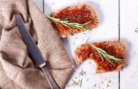 Bread with dried tomatoes and herbs