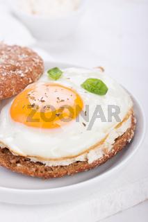 Bun with egg