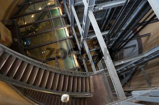 Treppenhaus im alten Elbtunnel, Hamburg