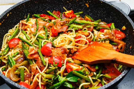 Spaghetti asparagus and bacon