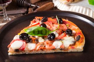 Wild garlic - margarita pizza