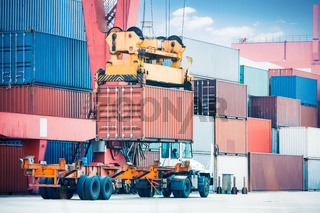 container loading and unloading
