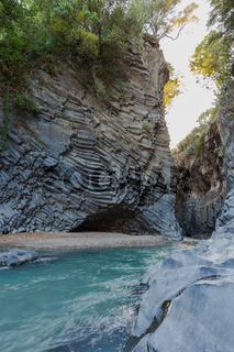 Basalt Schlucht Grotte Fluss