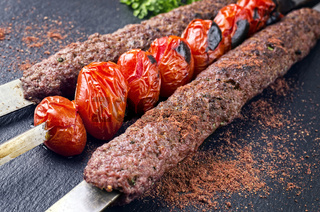 grilled koobideh with tomatos