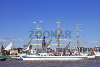 Mir bei der Auslaufparade vom 827. Hamburger Hafengeburtstag 2016; Impressions of the 827th Birthday of the Port of Hamburg 2016, last day, Germany