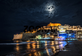 Peniscola castle at night