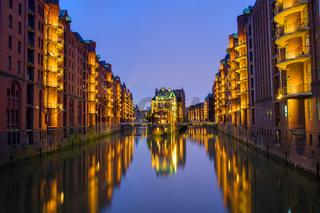 Nacht in der Speicherstadt in Hamburg