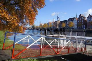 luebecker museumshafen im herbst
