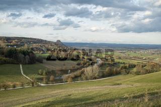 Blick über die Hegaulandschaft mit dem Hohenkrähen