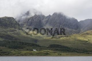 Gebirgslandschaft mit den Black Cuillins auf der Isle of Skye