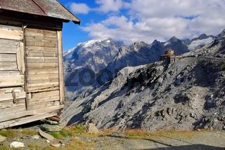 Stilfser Joch Tibet-Hütte - Stelvio Pass Tibet-Hut 02