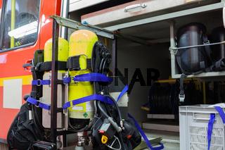 Einsatzfahrzeug Feuerwehr mit Equipment