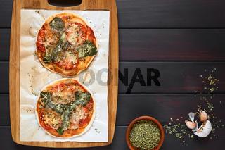 Spinach and Tomato Pizza
