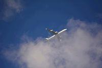 Flugzeug in den Wolken