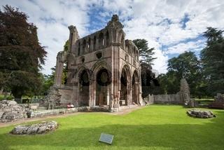Letzte Ruhestätte von Dichter und Schriftsteller Sir Walter Scott in der Dryburgh Abbey