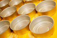 leere Konservendosen für Lebensmittel