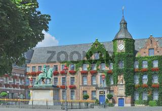 das Alte Rathaus in der Duesseldorfer Altstadt