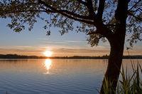 Sonnenuntergangsbild ### Picture of a sunset Sonnenuntergangsbild ### Picture of a sunset