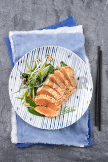 Salmon Tataki with Lettuce