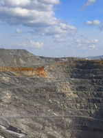 gravel production in quarry
