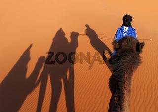 Kamelritt von Merzouga auf die Dünen des Erg Chebbi in Marokko