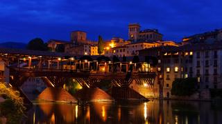 Bassano del Grappa Ponte Vecchio Nacht - Bassano del Grappa Ponte Vecchio night