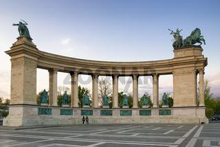 Kolonade auf dem Heldenplatz, Budapest, Ungarn