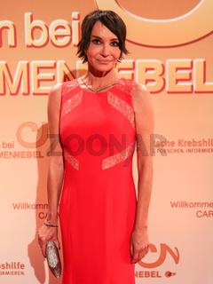 deutsche Schauspielerin Anouschka Renzi bei 'Willkommen bei Carmen Nebel' am 19.09.2015 in Berlin