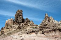 Felsformation Los Roques im Teide Nationalpark auf der kanarischen Insel Teneriffa