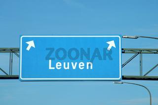 autobahnausfahrt leuven, belgien