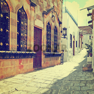 Narrow Alley