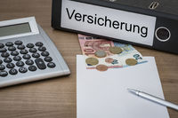 Versicherung written on a binder