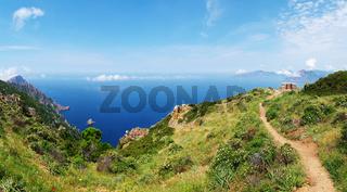 Panorama vom 'Golf von Porto' und dem 'Capu Rossu' - Korsika