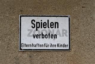 Schild 'Spielen verboten'