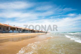 Küstenbebauung am Strand