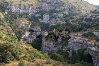 Nekropolis Pantalica Grotte