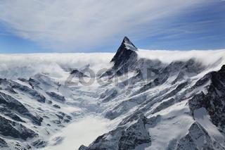 Finsteraarhorn in den Schweizer Alpen