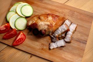 Saftig gebratenes Bauchfleisch vom Landmetzger