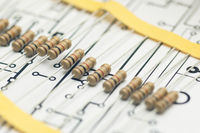 Electronic resistors and electronic PCB