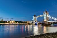 Die Tower Bridge und der Tower of London