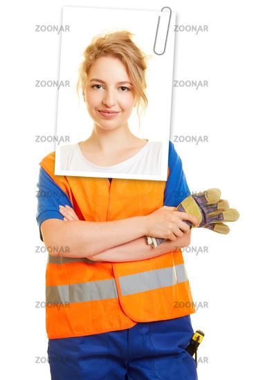 Foto Bewerbungsfoto Einer Frau Für Ausbildung Bild 12309118