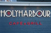 Schriftzug des Restaurant Holyharbour in Heiligenhafen