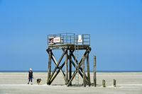 Rettungsturm am Strand von Westerhever, Schleswig-Holstein, Deutschland