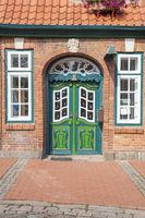 Rokokotür und Zopfstiltür am Bäckerhaus in Lütjenburg