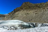 Riffelhorn mit Gletschersee, Gornergletscher bei Zermatt, Wallis, Schweiz