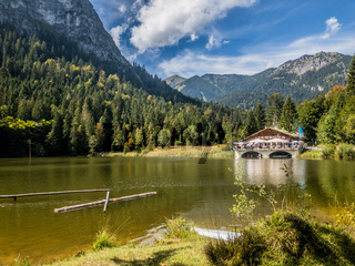 Pflegersee in den bayrischen Alpen