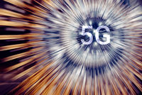 5G on a neon light radial lines background